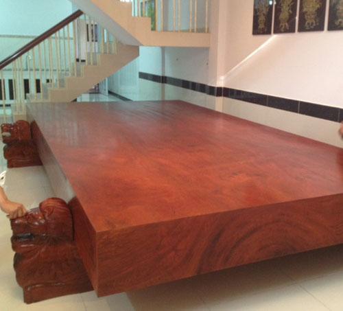 sập gỗ sưa đỏ hàng trăm tỷ